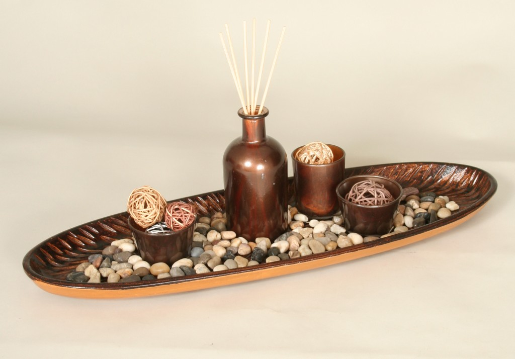 Glass holder with essence tray.