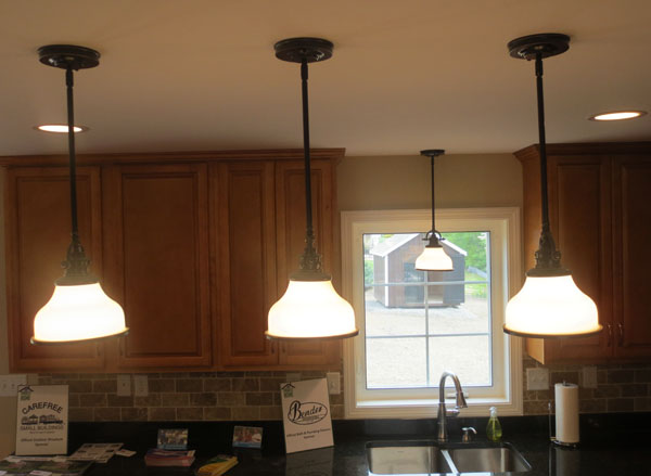 Project Home - Kitchen Pendant & Recessed Lighting